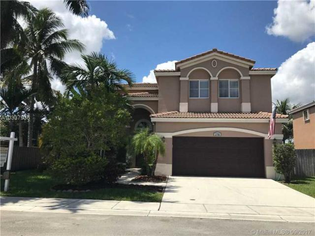 1731 SW 106th Ter, Davie, FL 33324 (MLS #A10337936) :: Stanley Rosen Group