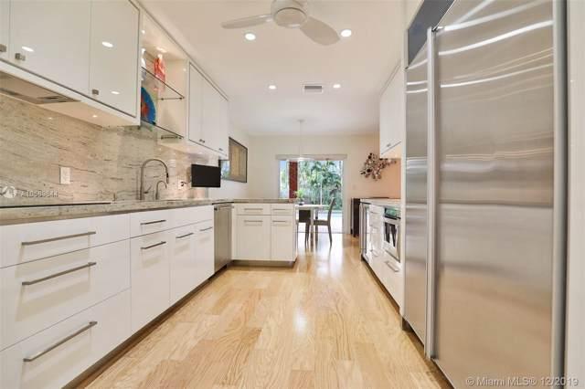 21200 NE 23rd Ct, Miami, FL 33180 (MLS #A10589644) :: Grove Properties