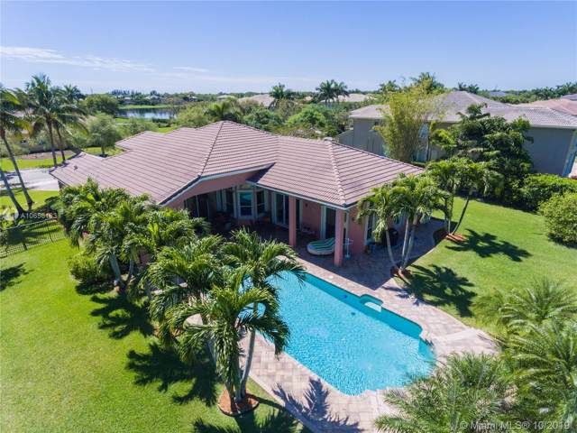 10921 Pine Lodge Trl, Davie, FL 33328 (MLS #A10656183) :: Grove Properties