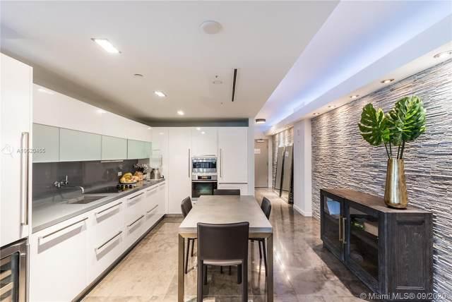 220 21st St #403, Miami Beach, FL 33139 (MLS #A10520455) :: Berkshire Hathaway HomeServices EWM Realty