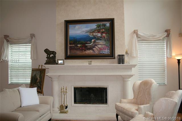 1680 SW 3RD CT, Boca Raton, FL 33432 (MLS #A10422591) :: Green Realty Properties