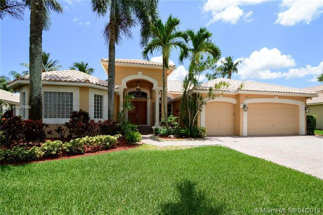 312 Windmill Palm Ave, Plantation, FL 33324 (MLS #A10475964) :: The Paiz Group