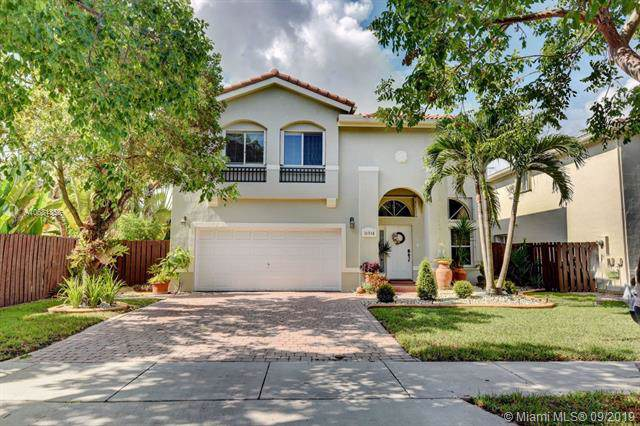 10938 NW 47 Ln., Doral, FL 33178 (MLS #A10681355) :: Ray De Leon with One Sotheby's International Realty