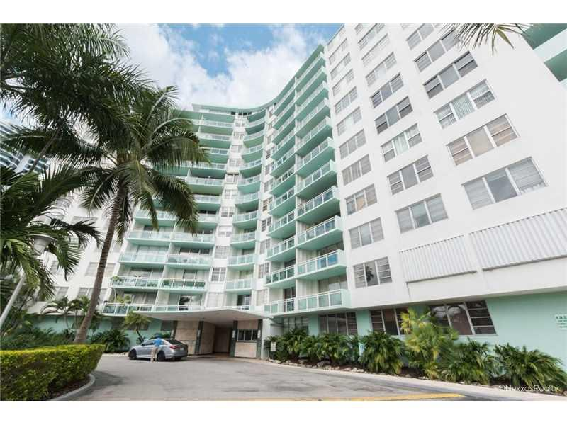 3301 NE 5th Ave #518, Miami, FL 33137 (MLS #A10166614) :: United Realty Group