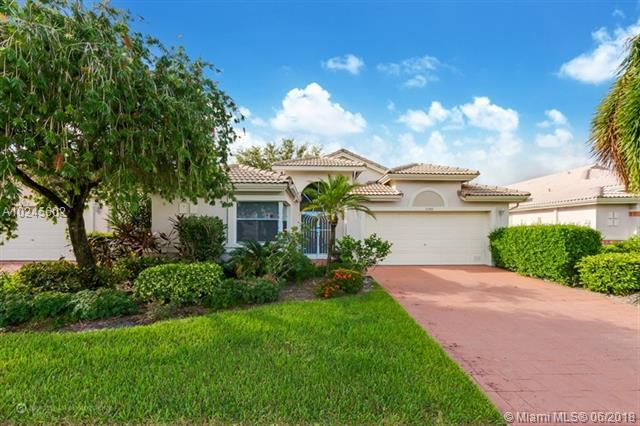6388 Tiara Dr, Boynton Beach, FL 33437 (MLS #A10245602) :: Prestige Realty Group