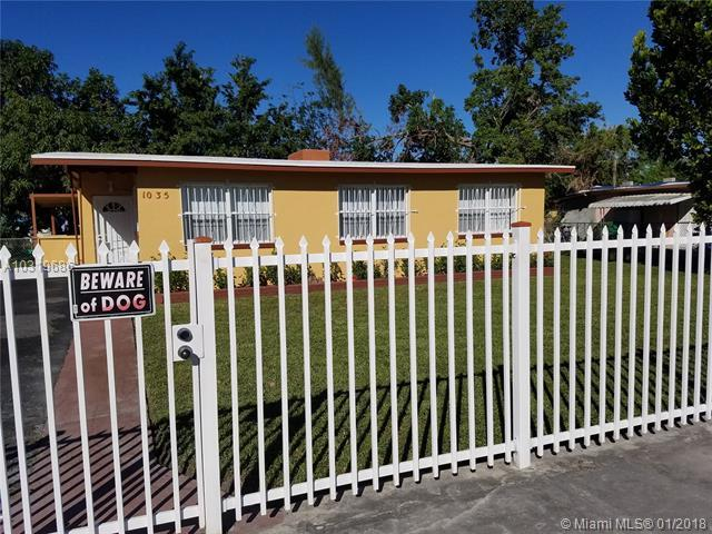 1035 NW 108th St, Miami, FL 33168 (MLS #A10319686) :: The Teri Arbogast Team at Keller Williams Partners SW