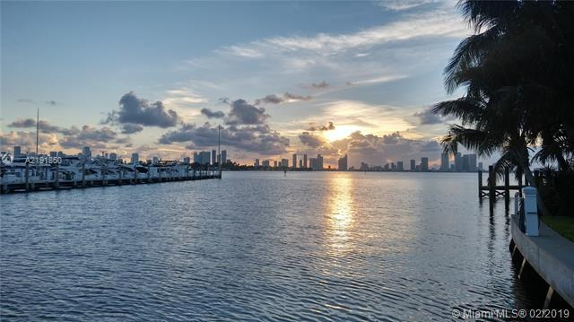 1630 W 21 ST, Miami Beach, FL 33140 (MLS #A2191850) :: The Paiz Group