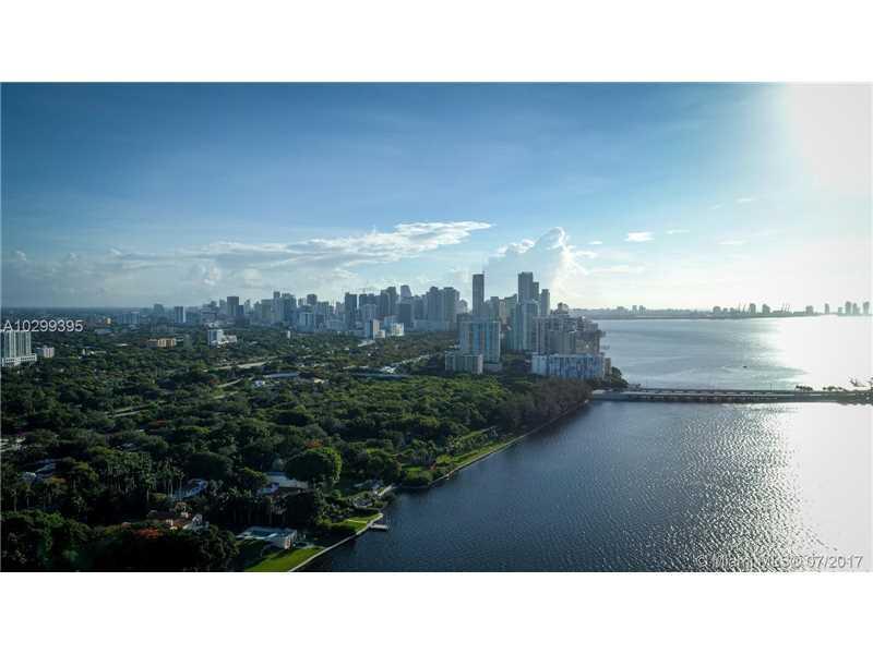 231 Shore Dr E, Coconut Grove, FL 33133 (MLS #A10299395) :: The Riley Smith Group