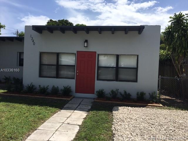 1340 NW 4th Ave, Fort Lauderdale, FL 33311 (MLS #A10336160) :: The Teri Arbogast Team at Keller Williams Partners SW