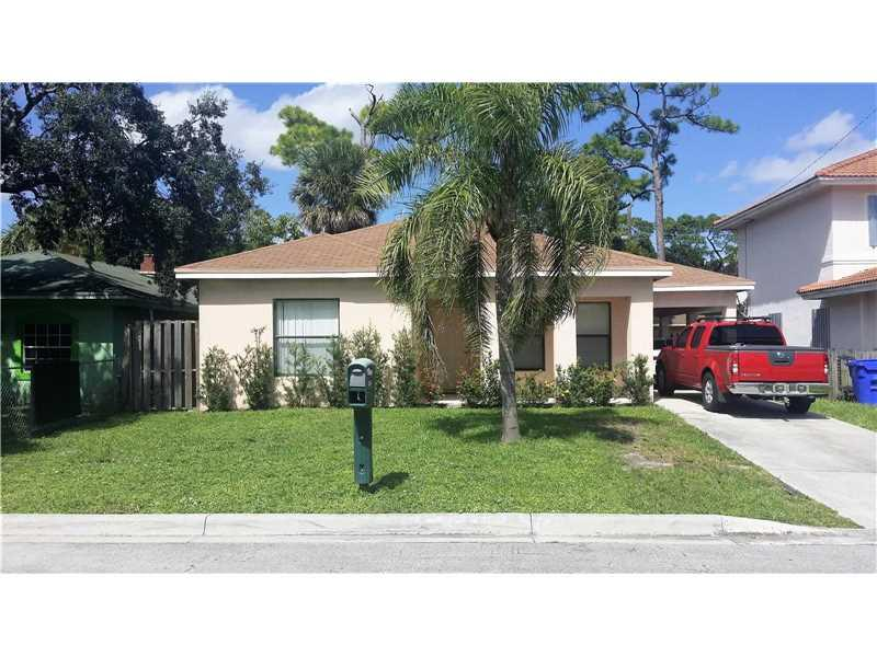2843 NW 9th St, Fort Lauderdale, FL 33311 (MLS #A10160327) :: United Realty Group