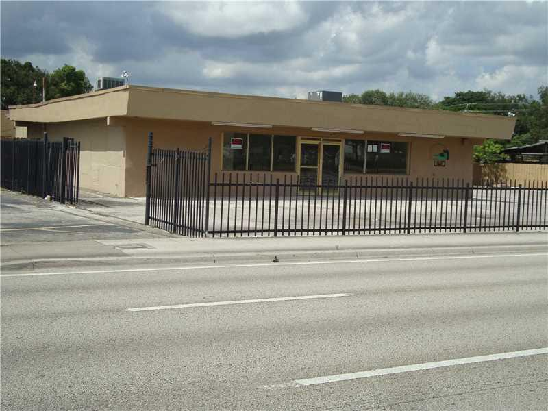 16280 NW 27th Ave, Miami Gardens, FL 33054 (MLS #A10176271) :: United Realty Group