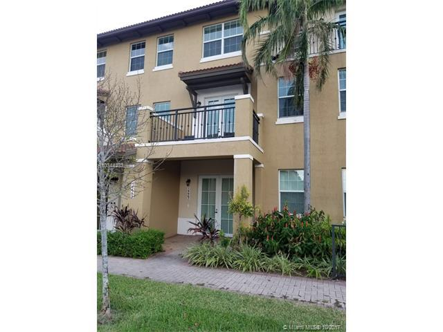 14667 SW 9th St #1807, Pembroke Pines, FL 33027 (MLS #A10344433) :: The Chenore Real Estate Group