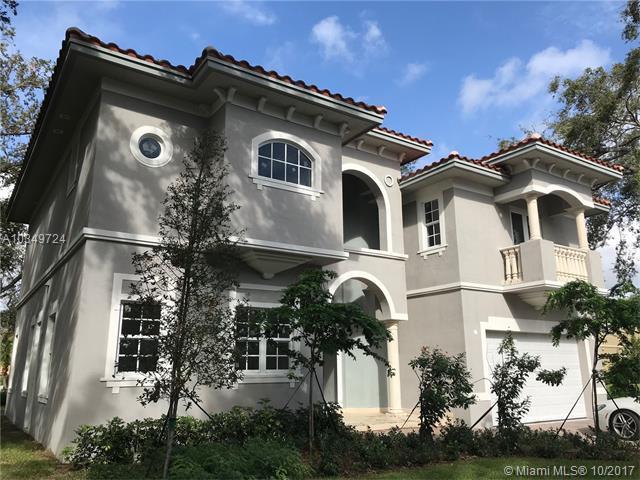 3564 Forest View Cr, Dania Beach, FL 33312 (MLS #A10349724) :: The Teri Arbogast Team at Keller Williams Partners SW