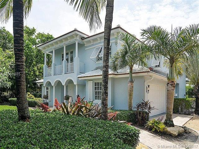 101 Osceola Avenue, Hobe Sound, FL 33455 (MLS #A10350885) :: Green Realty Properties