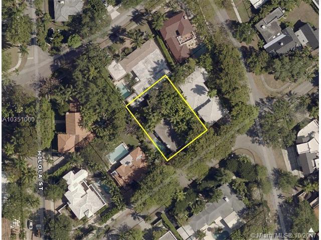 1669 Onaway, Coconut Grove, FL 33133 (MLS #A10351000) :: The Erice Team