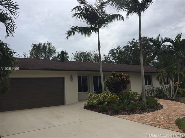 5186 SW 172nd Ave, Southwest Ranches, FL 33331 (MLS #A10351466) :: The Teri Arbogast Team at Keller Williams Partners SW