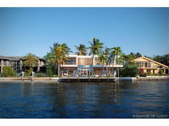 373 Center Island Dr, Golden Beach, FL 33160 (MLS #A10353545) :: The Teri Arbogast Team at Keller Williams Partners SW