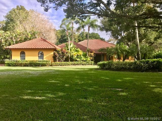 6720 E Cypresshead Drive, Parkland, FL 33067 (MLS #A10353856) :: The Chenore Real Estate Group
