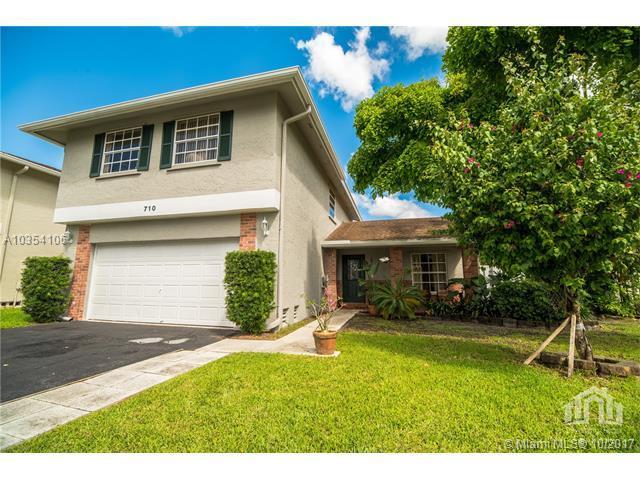 710 Shiloh Ter, Davie, FL 33325 (MLS #A10354106) :: RE/MAX Presidential Real Estate Group