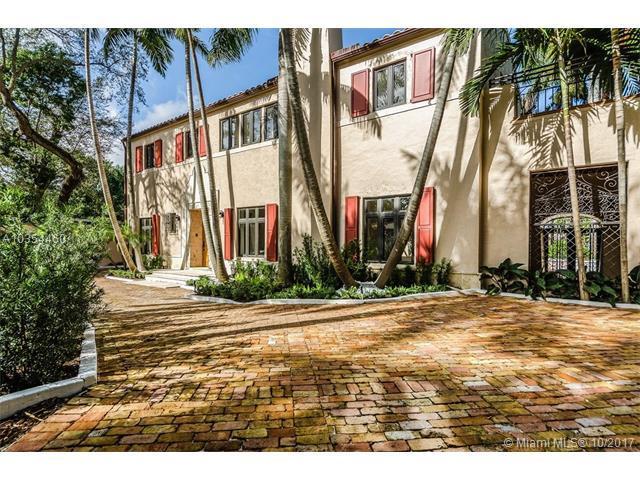 3437 N Moorings Way, Miami, FL 33133 (MLS #A10354460) :: The Riley Smith Group