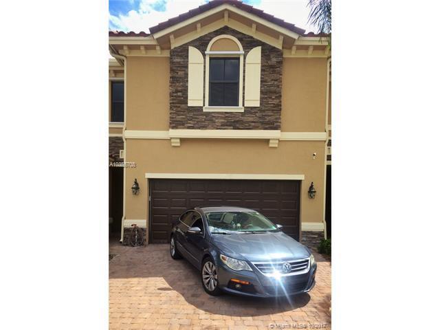 12380 N Village Cir, Davie, FL 33325 (MLS #A10355708) :: RE/MAX Presidential Real Estate Group