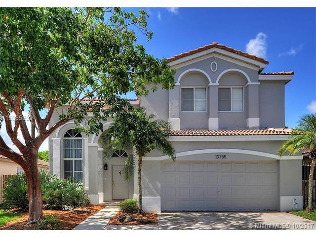 10755 SW 17 Place, Davie, FL 33324 (MLS #A10355833) :: RE/MAX Presidential Real Estate Group