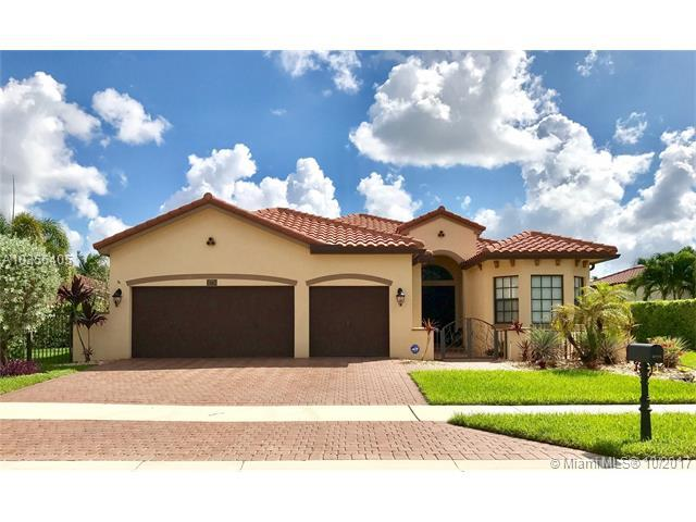 8774 NW 37th Pl, Cooper City, FL 33024 (MLS #A10356405) :: The Chenore Real Estate Group