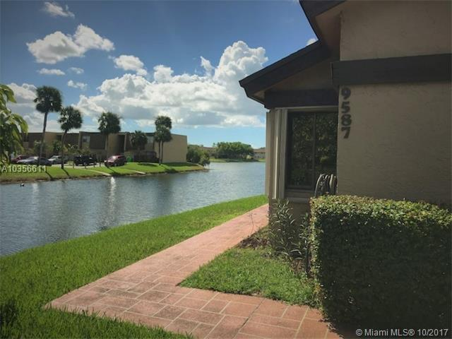 9587 NW 38th Pl #9587, Sunrise, FL 33351 (MLS #A10356611) :: Green Realty Properties