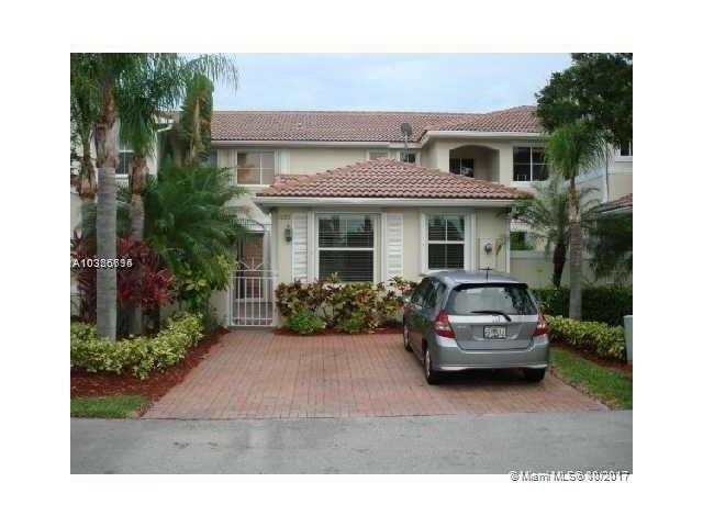 1090 Redwood St #1090, Hollywood, FL 33019 (MLS #A10356794) :: RE/MAX Presidential Real Estate Group