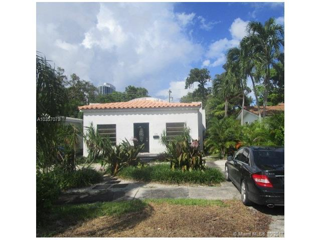 705 SE 7th St, Fort Lauderdale, FL 33301 (MLS #A10357073) :: RE/MAX Presidential Real Estate Group