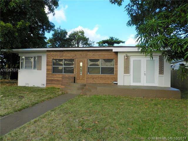 407 S 24th Ave, Hollywood, FL 33020 (MLS #A10357075) :: RE/MAX Presidential Real Estate Group