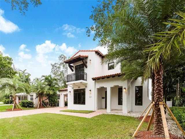 537 Sevilla Ave, Coral Gables, FL 33134 (MLS #A10357094) :: The Riley Smith Group