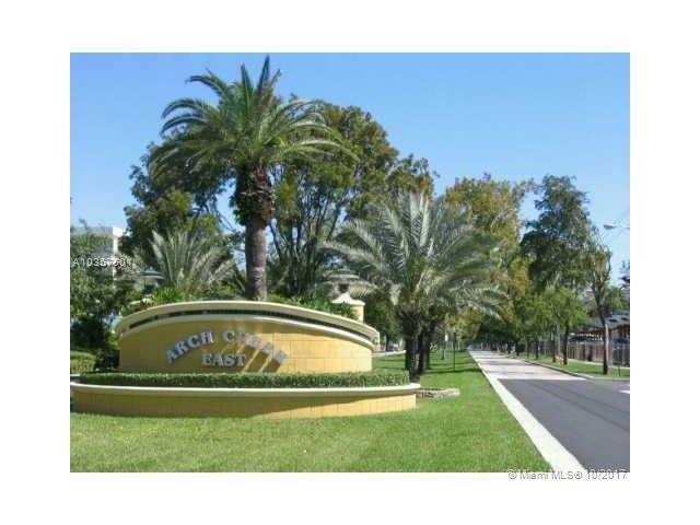 2000 NE 135th St #809, North Miami, FL 33181 (MLS #A10357501) :: The Jack Coden Group