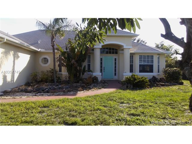 3364 SW Hill Street, Port St. Lucie, FL 34953 (MLS #A10357745) :: Green Realty Properties