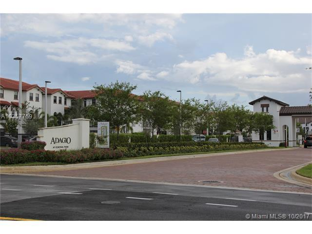 10620 NW 88th St #223, Doral, FL 33178 (MLS #A10357769) :: The Erice Team