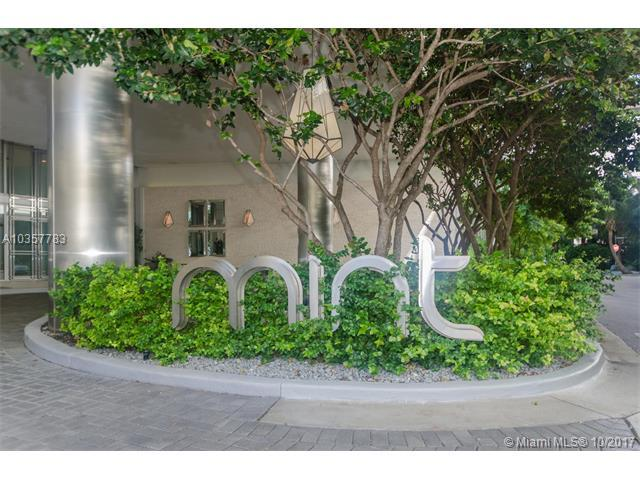 92 SW 3rd St #5104, Miami, FL 33130 (MLS #A10357783) :: The Jack Coden Group