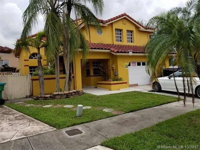 15586 SW 62nd Ter, Miami, FL 33193 (MLS #A10358587) :: The Chenore Real Estate Group
