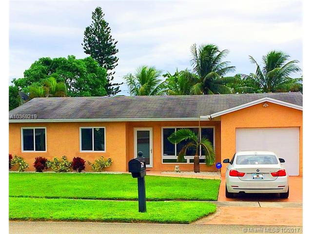 8630 NW 3rd St, Pembroke Pines, FL 33024 (MLS #A10359219) :: Green Realty Properties