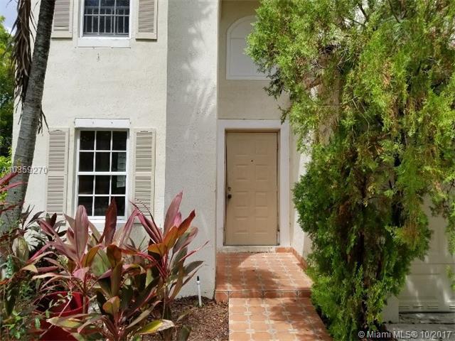11351 SW 21st St, Miramar, FL 33025 (MLS #A10359270) :: Green Realty Properties