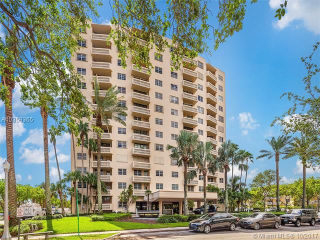 90 Edgewater Dr #423, Coral Gables, FL 33133 (MLS #A10359365) :: The Riley Smith Group