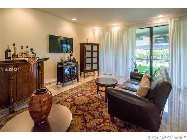 21378 Marina Cove Cr 17-B, Aventura, FL 33180 (MLS #A10359430) :: Green Realty Properties
