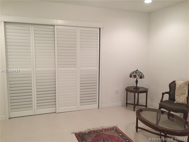 8944 SW 18th St #8944, Miramar, FL 33025 (MLS #A10359437) :: Green Realty Properties