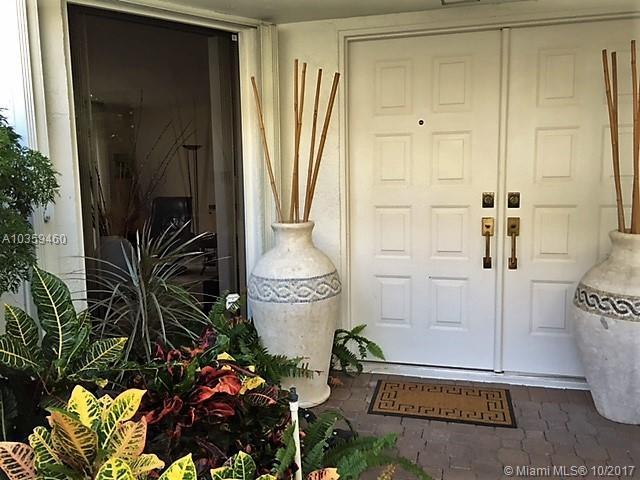 3734 Ne 209th Ter, Aventura, FL 33180 (MLS #A10359460) :: Green Realty Properties