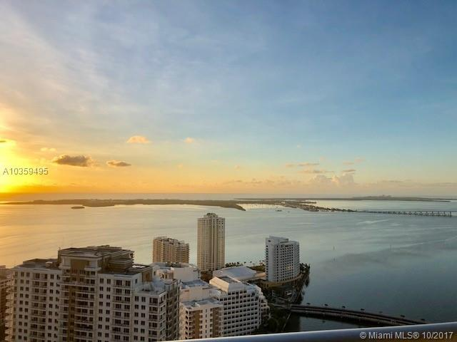 465 Brickell Ave #4201, Miami, FL 33131 (MLS #A10359495) :: The Riley Smith Group