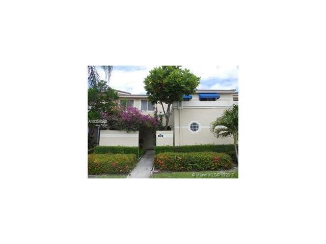 692 Deer Creek Corona Way #692, Deerfield Beach, FL 33442 (MLS #A10359545) :: The Teri Arbogast Team at Keller Williams Partners SW