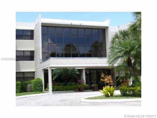 491 Racquet Club Rd #302, Weston, FL 33326 (MLS #A10359588) :: The Teri Arbogast Team at Keller Williams Partners SW