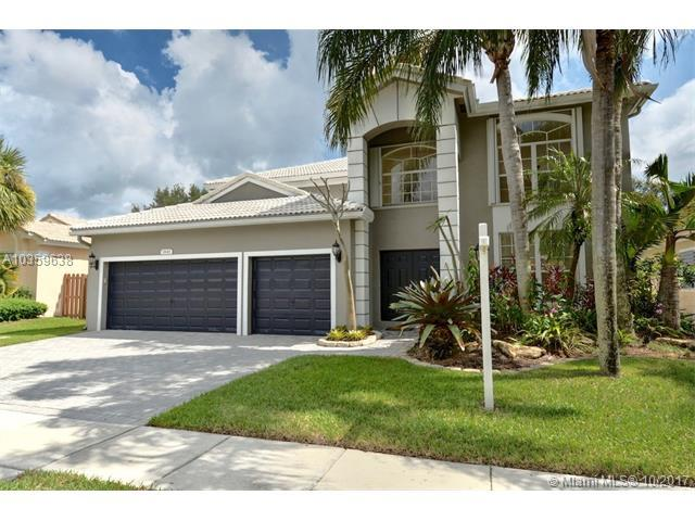 1845 NW 128th Ave, Pembroke Pines, FL 33028 (MLS #A10359638) :: The Teri Arbogast Team at Keller Williams Partners SW