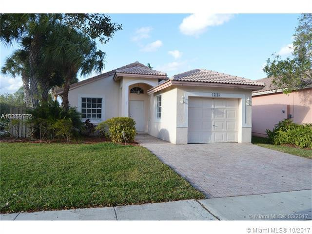17145 NW 11th St, Pembroke Pines, FL 33028 (MLS #A10359782) :: The Teri Arbogast Team at Keller Williams Partners SW