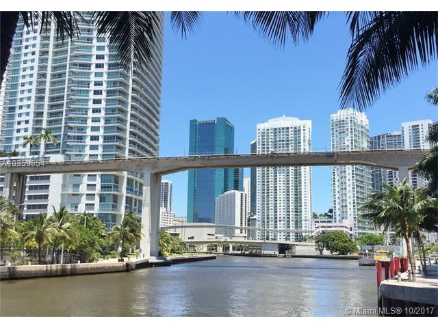 175 SW 7th St #2005, Miami, FL 33130 (MLS #A10359854) :: The Riley Smith Group