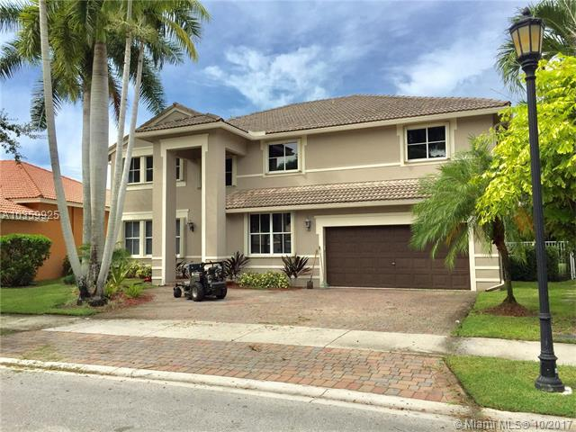3888 Heron Ridge Ln, Weston, FL 33331 (MLS #A10359925) :: The Teri Arbogast Team at Keller Williams Partners SW